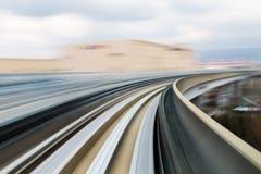 Motie vaag bewegend treinspoor stock afbeelding