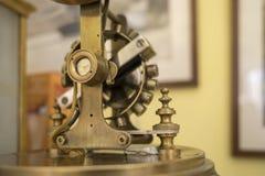 Motie van roterende slinger royalty-vrije stock afbeeldingen