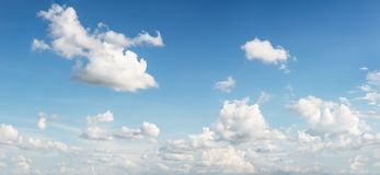 Free Motion Blur Cloud Shape On Blue Sky For Background Material Royalty Free Stock Photos - 131475478