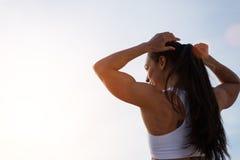 Motivazione forte della donna di forma fisica per l'allenamento Fotografia Stock