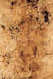 Motivi di caffè sul contatore di legno Immagini Stock Libere da Diritti