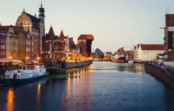 Motlawa flodinvallning med kranen, Gdansk Arkivbild