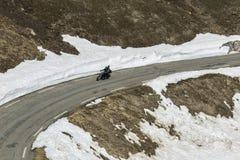 Moto游览在阿尔卑斯 免版税库存照片