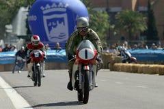 Moto classique pendant une exposition à Malaga Photos stock