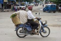 Moto dans Myanmar Photographie stock libre de droits