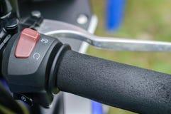 Moto de barre d'allumage de fonction de commutateurs en main Images libres de droits