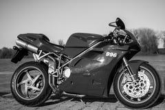 Moto de Ducati de sport photographiée dehors Photographie stock