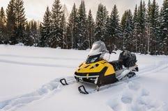 Moto de nieve Fotografía de archivo