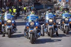 Moto de police à St Patrick &#x27 ; défilé Boston, Etats-Unis de jour de s Photo libre de droits