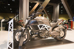 Moto 2015 de titane de Ducati Diavel Photographie stock