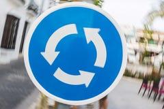 Moto del segno della rotonda fotografia stock
