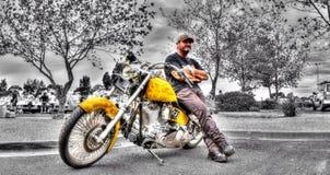 Moto pintada aduana de Harley Davidson Imagen de archivo libre de regalías