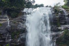 Moto regolare della cascata Fotografie Stock