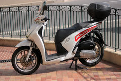 Moto SH 125i de Honda de la policía de Mónaco Imagen de archivo libre de regalías