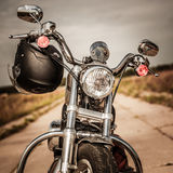 Moto sur la route Photo libre de droits