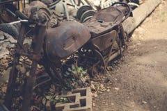 Motocicleta aherrumbrada Imagenes de archivo
