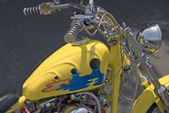 Motocicleta amarela foto de stock