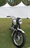 Motocicleta clássica de ingleses dos anos 60 Fotografia de Stock