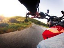 Acción de la motocicleta Imágenes de archivo libres de regalías