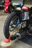 Motocicleta de la rueda posterior con objeto de la raza Fotos de archivo