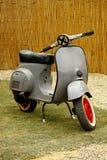 Motocicleta do Vespa fotografia de stock