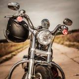 Motocicleta en el camino Foto de archivo libre de regalías