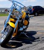 Motocicleta estacionada fotos de stock royalty free