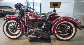 Motocicleta Harley-Davidson WLA 45 Gespann, 1944 com side-car Simard Rocketman, 1934 imagem de stock