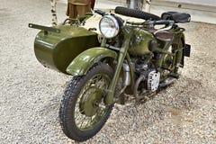 Motocicleta militar pesada soviética IMZ M-72 imágenes de archivo libres de regalías