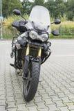 Motocicleta no estacionamento Fotos de Stock
