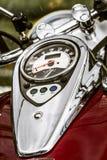Motocicleta plateada cromo brillante Foto de archivo