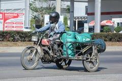 Motocicleta privada para el gas lpg de la entrega Imagen de archivo libre de regalías