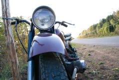 Motocicleta retra Imagen de archivo libre de regalías