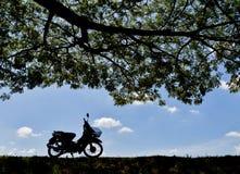 Motocicleta vieja imagen de archivo