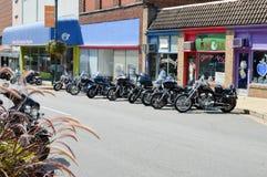 Motocicletas estacionadas fotos de archivo