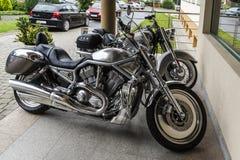 Motocicletas no estacionamento Imagens de Stock