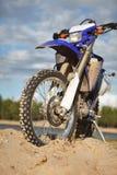 motocicletta fuori dalla strada fotografia stock