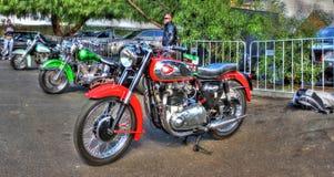 Motocicletta istantanea dorata dell'annata BSA fotografia stock