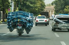 Motocicletta sovraccaricata fotografia stock
