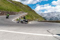 Motocicletta su Passo Stelvio Fotografia Stock Libera da Diritti