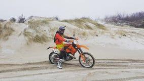 Motocicletta sulla pista immagini stock