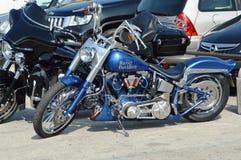 Motociclette nere e blu di Harley Davidson Fotografia Stock Libera da Diritti