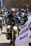 Motociclista alla parata Immagini Stock