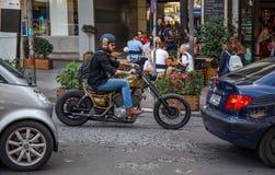Motociclista anziano di modo Fotografia Stock