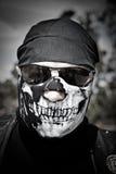 Motociclista con la mascherina Fotografia Stock