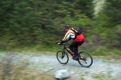 Motociclista di movimento di velocità Immagini Stock
