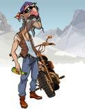 Motociclista masculino dos desenhos animados com uma garrafa ao lado de uma motocicleta Imagens de Stock