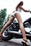 Motociclista sexy Immagini Stock Libere da Diritti