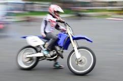 Motociclista veloce Fotografia Stock