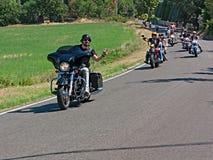 Motociclistas que montam Harley Davidson Fotos de Stock